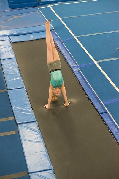 gymnastics-6812