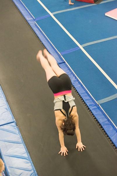 gymnastics-6800