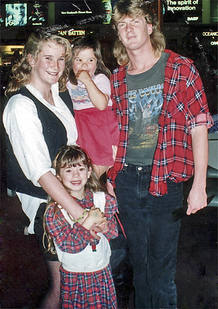 Cath, Lan, Ben, Natalie Ben's departure for Sydney  AKL International Airport New Zealand - Sep 1990