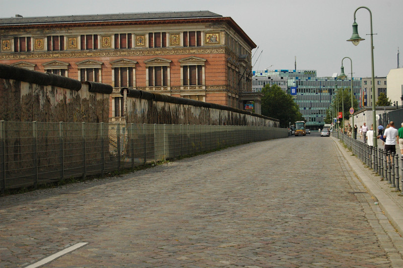 Martin Gropius Bau and the wall (site of Gestapo/SS HQ is behind the wall)