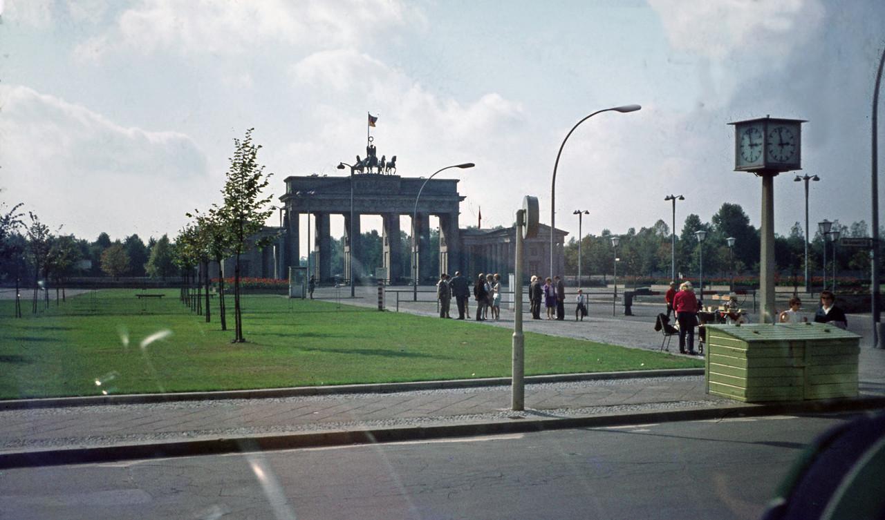 Brandenburg Gate from the East side. Pariserplatz