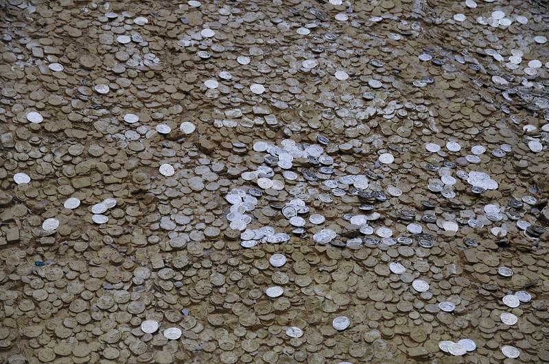 2013-12-09. ... Money money money money money money / Money money money money money money / Money money money money money money / Money money. ... öehhh?! Ja-HAA det är ...  Berlin [DEU]