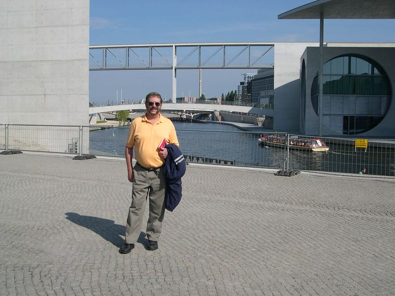 Dick near Reichstag office buildings