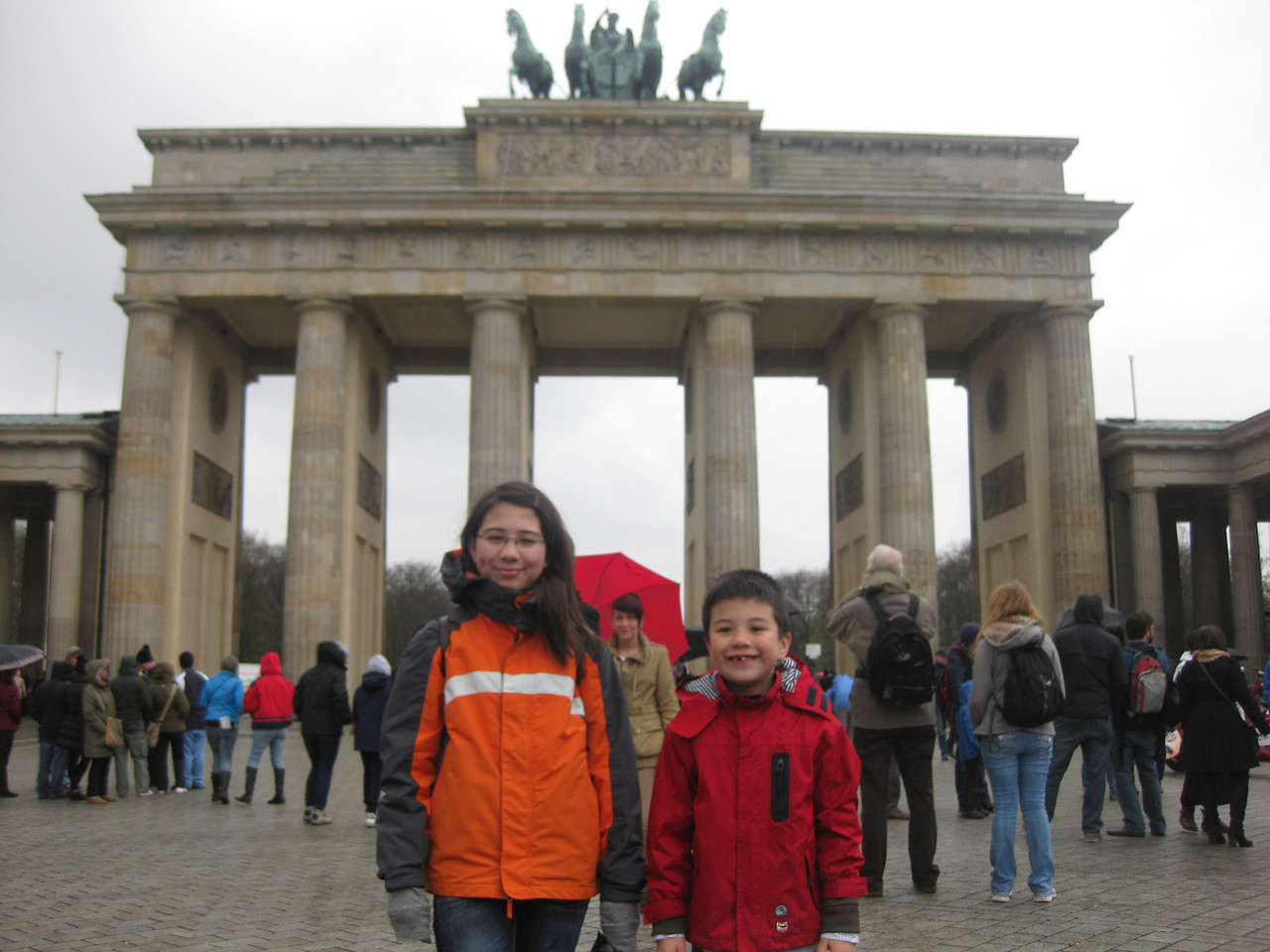 on the second day, we visited the Brandenburger Tor. A short visit, as it was cold and wet outside.
