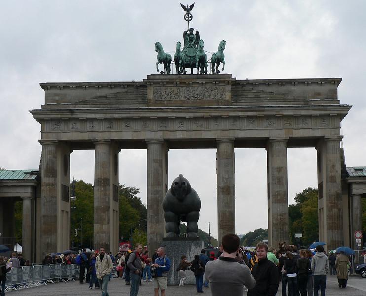 Brandenburger Tor, ca 195 m från mål.