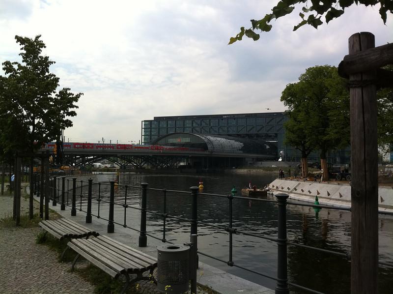 Hauptbahnhof (the main train station)