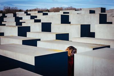 Holocaust memorial (libera citazione a Emiliano Severoni, fotografo)