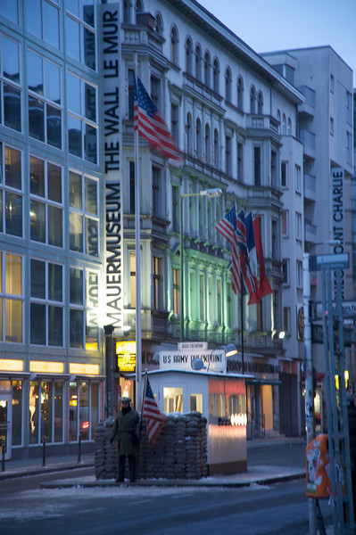 Checkpoint Charlie  267