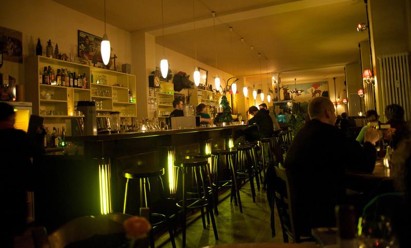 Berlin bar  270