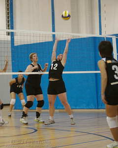 Jen Roth - 12, Setter for Livingston Orange Crush backsets the ball