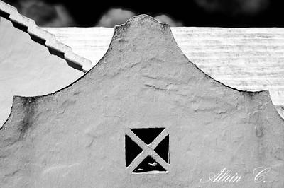 Roof art