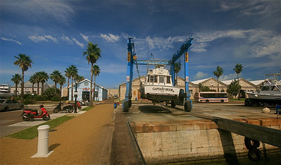 Captain Hook klaar voor een onderhoudsbeurt. King's Wharf, Royal Naval Dockyard, Bermuda.