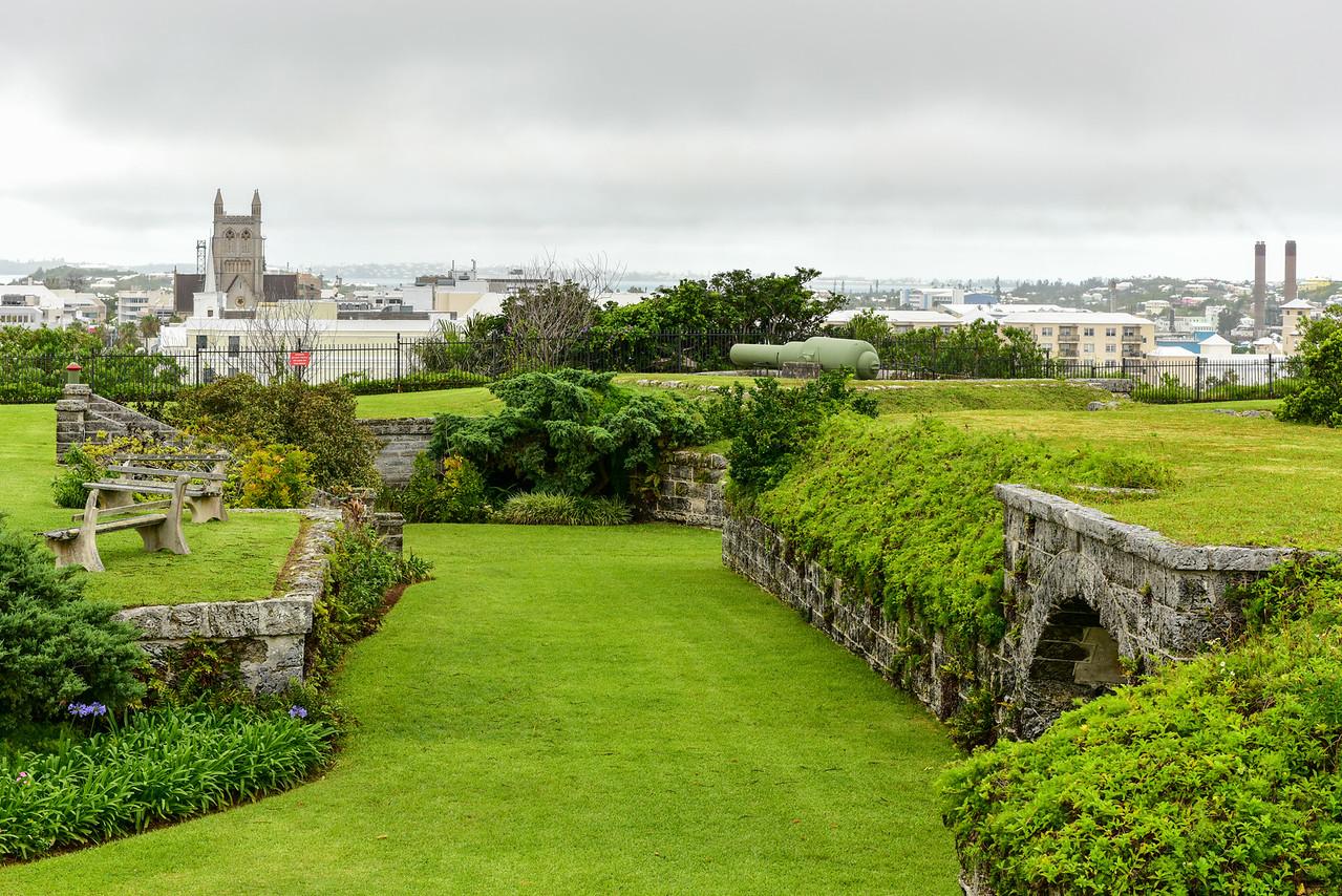 Fort Hamilton, Bermuda