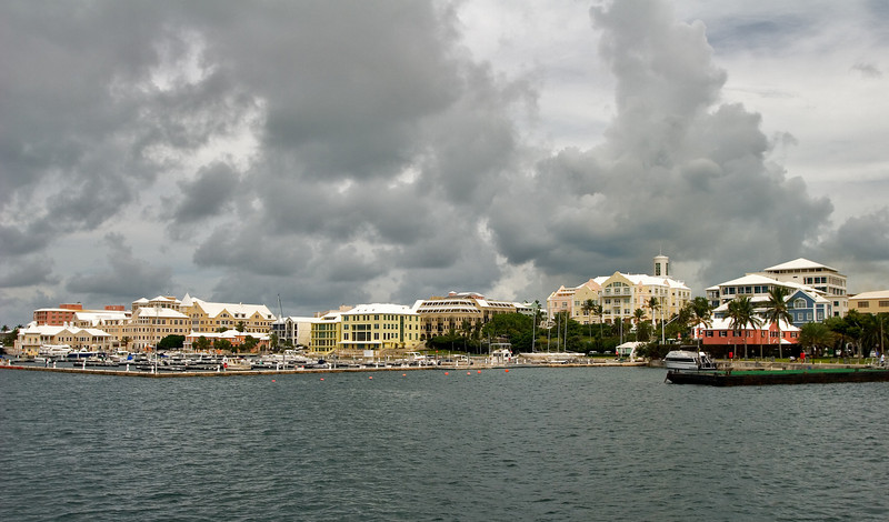 Hamilton, Hurricane Approaching