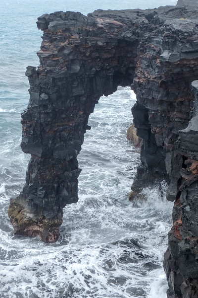 Hōlei Sea Arch, Volcano National Park.
