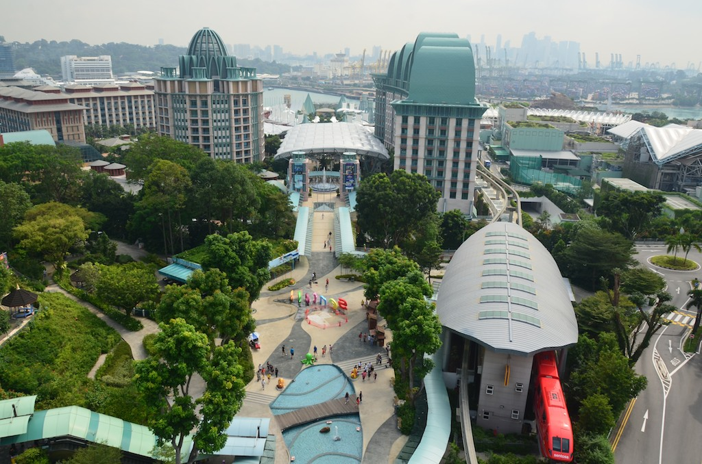 Singapore ; Apr 2013