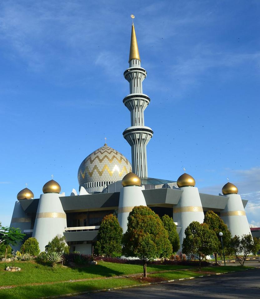 Kota Kinabalu Malaysia ; Apr 2011
