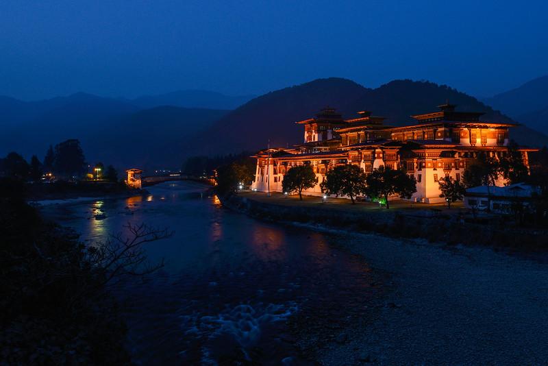 At twilight - The Punakha Dzong, Bhutan