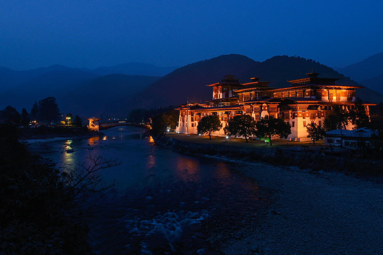 At twilight - The Punakha Dzong, Bhutan