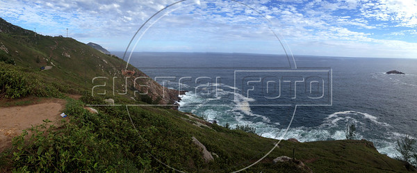 "View of the Ocean from Arraial do Cabo. Coordinates 22°58'49.2""S 42°01'50.4""W (Australfoto/Douglas Engle)"