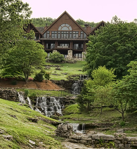 Falls Lodge at Big Cedar