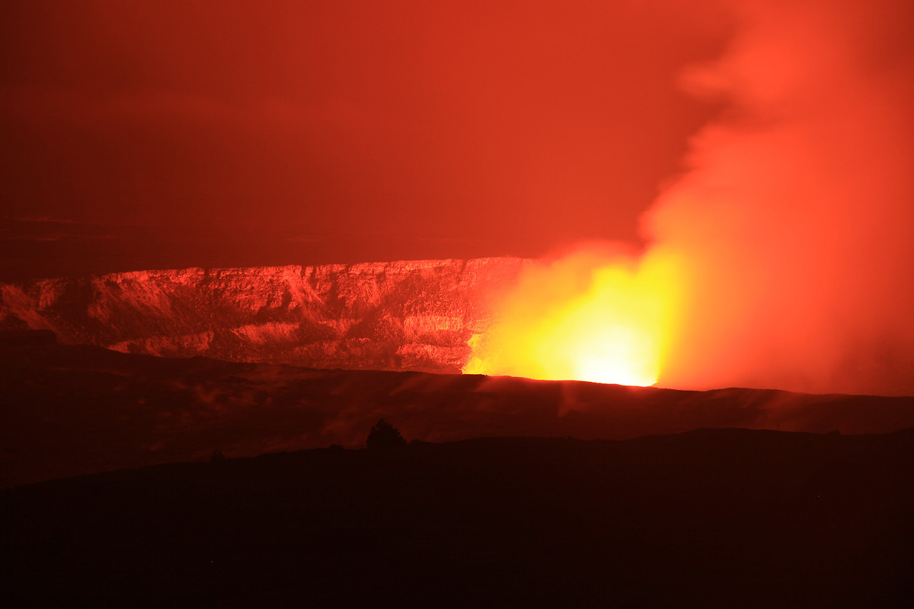"The ""glow"" at the Kilauea caldera at night."