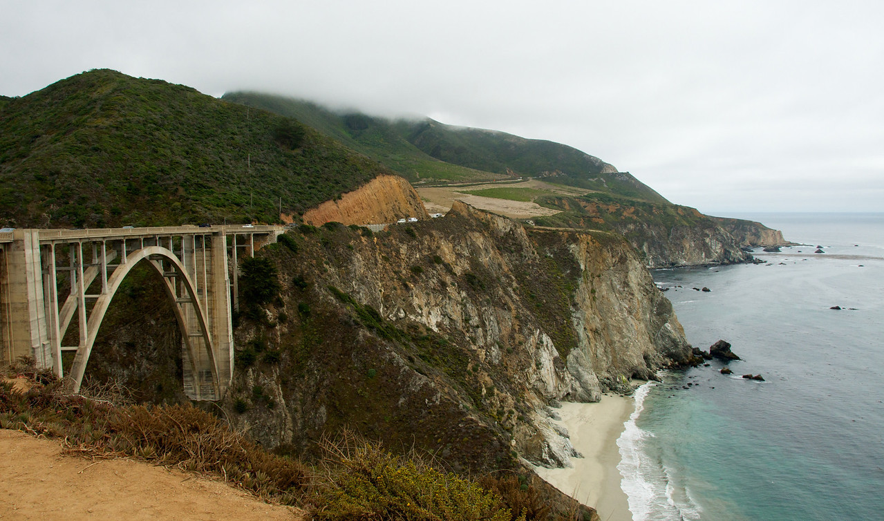 A look back at the famous Bixby bridge.  Finished in 1932, just a few years before it's more famous big brother, the Golden Gate bridge.  Bye-bye big sur, sniff :(