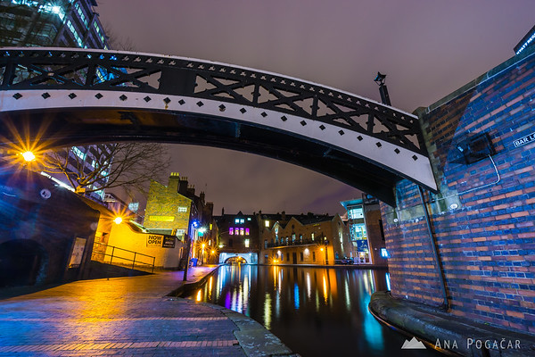 The canals of Birmingham at dusk