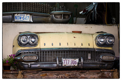 Pontiac Car fronts_Bisbee_bar 1163
