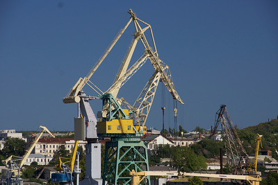 Crane in Sevastopol harbor, Ukraine. _DSC4409