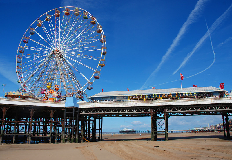 Ferris wheel on Central pier at Blackpool