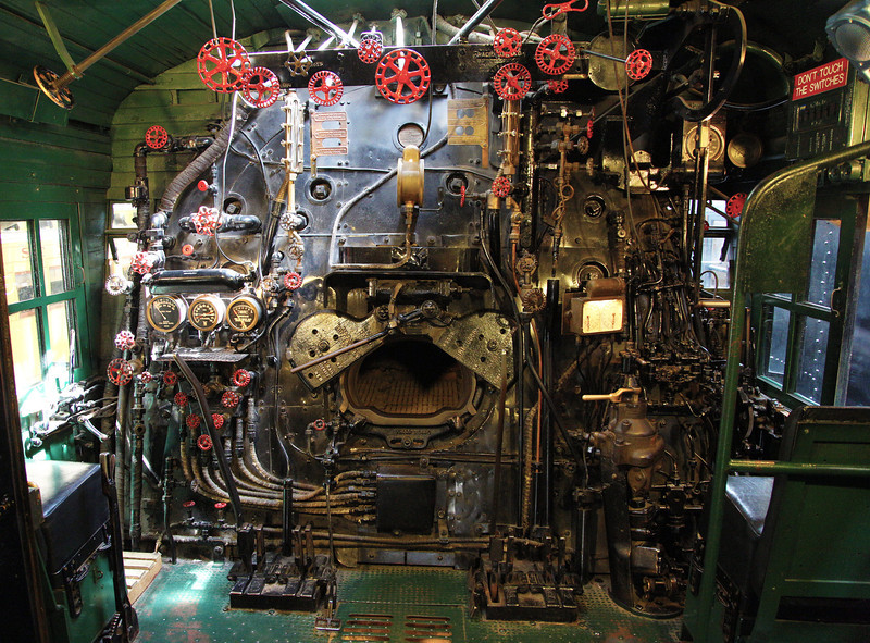 ... here's the cab/firebox of that 2-8-8-4 engine.