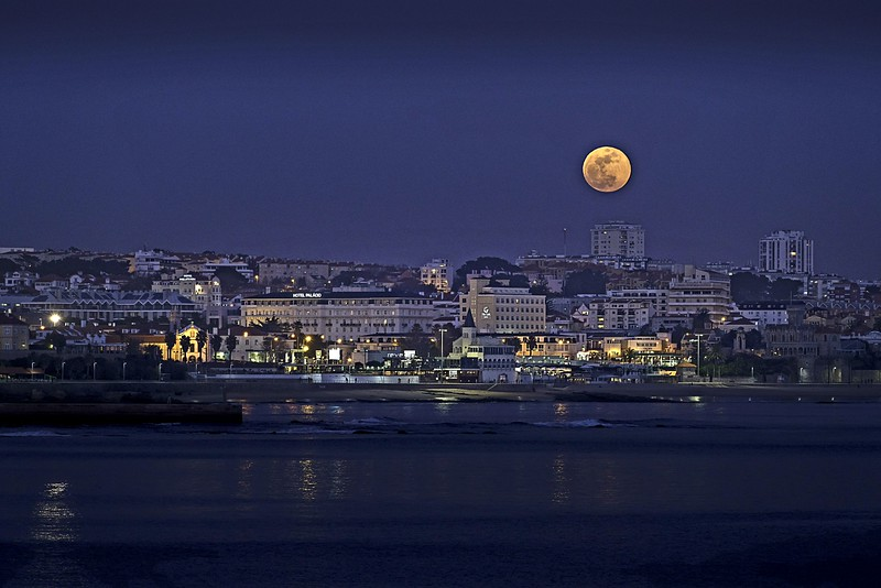 Supermoon over Estoril