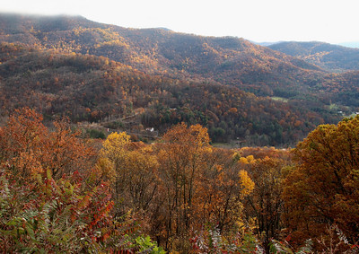 Tanbark Ridge Overlook, NC  Elev: 3,175
