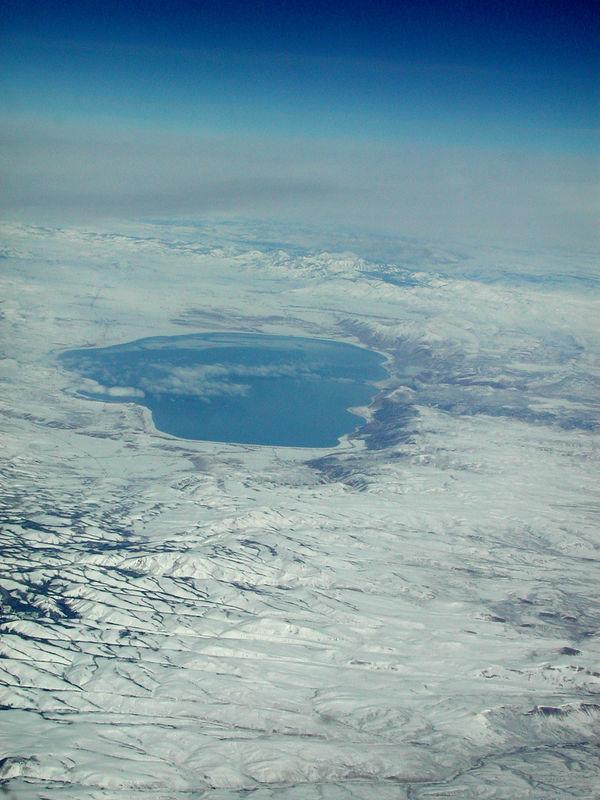 Taken February 6, 2006 on flight from Houston to Boise from 36,000 feet.  This Bear Lake northeast of Salt Lake City, Utah.