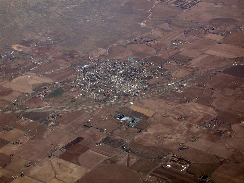 I took this image on the flight back from Boise, ID on February 10, 2006.  Same unknown town as in the last picture.