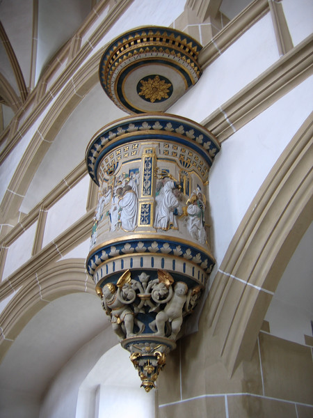A fuller look at the pulpit in the castle chapel.
