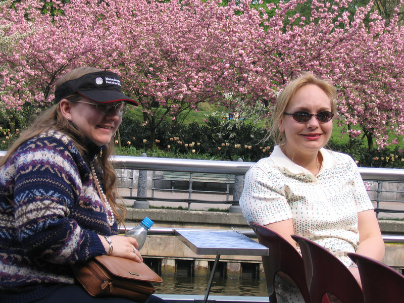 Women of the ELCA staff members Laura Barkenquast (l.) and Dawn Hansen (r.) enjoy a boat ride on the river Spree in Berlin.