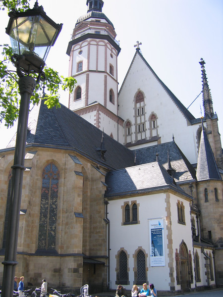 A view of the Thomaskirche, coming from the market area.