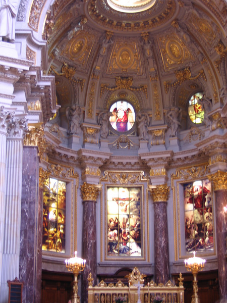 The chancel of the Berlin Cathedral and the ornate altar.