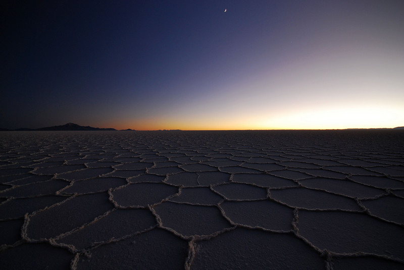 The ever changing light of the Salar de Uyuni. Time 07:39
