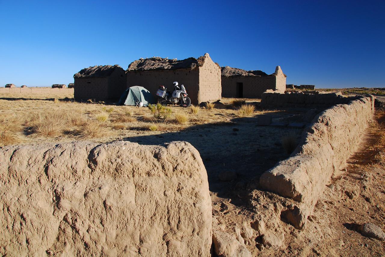 Camping south of Huari at -10 C