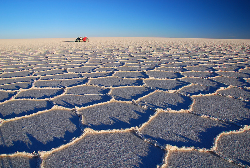 The ever changing light of the Salar de Uyuni. Time 18:53