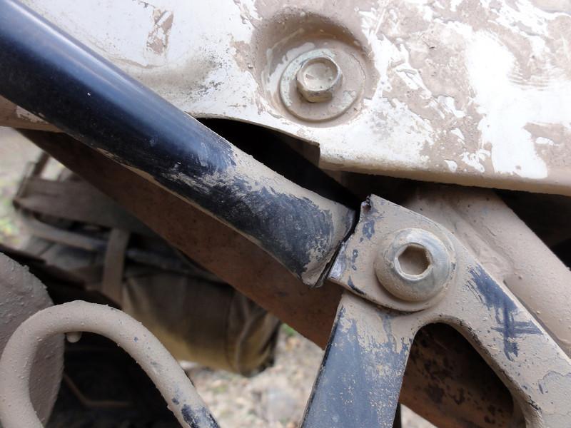 Broken RH pannier frame.  Coroico - Cochabamba Road