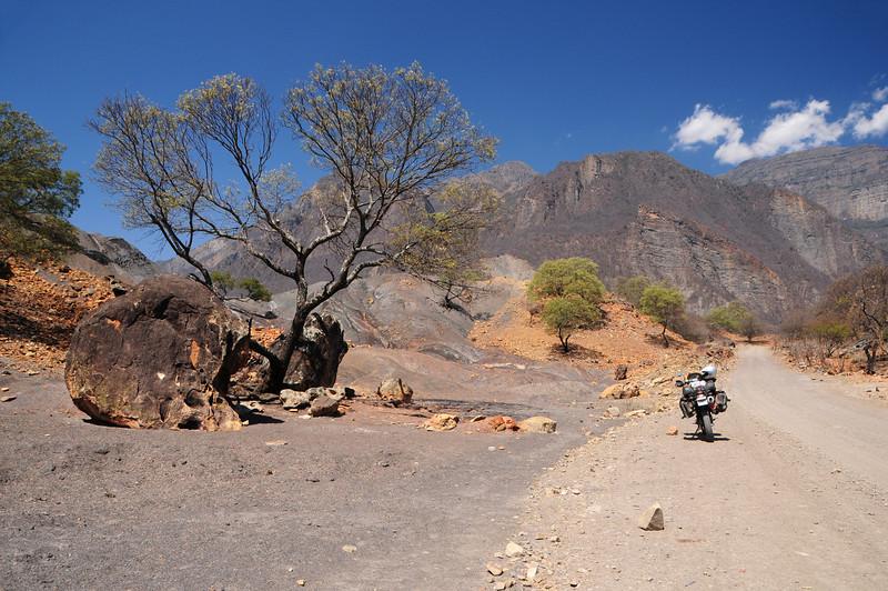 La Higuera - Tarabuco Road