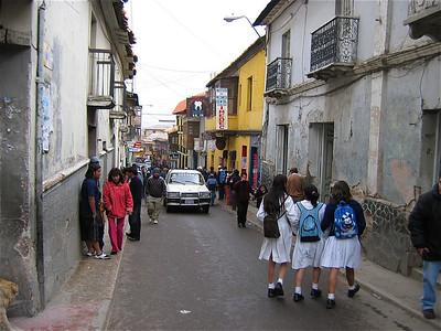 Schoolmeisjes Potosi, Bolivia.
