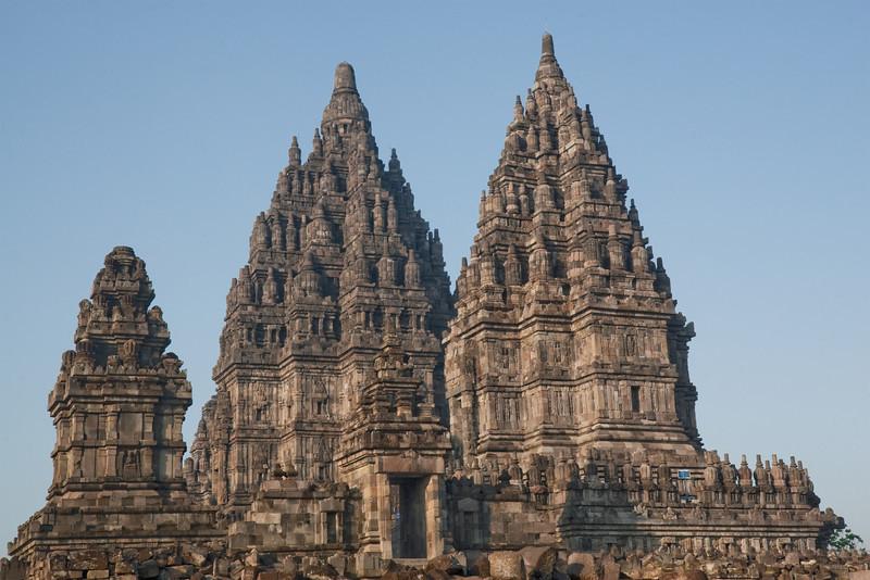 Candi Shiva Mahadeva & Candi Vishnu, Prambanan (Loro Jonggrang)