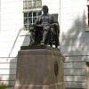 Harvard - John Harvard statue