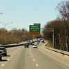 På väg mot New York. Newton, välkänt för Boston maratonlöpare