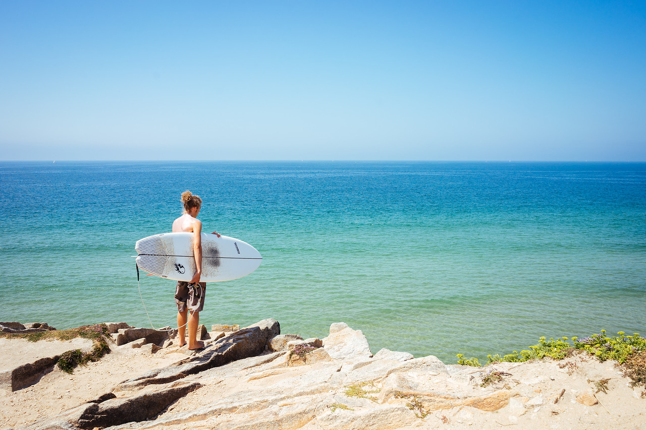 Quiberon peninsula - Surfer on the Cote Sauvage